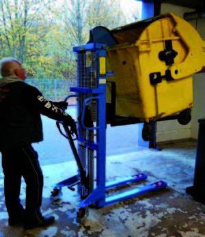 Die Kieler Tafel Müllpresse